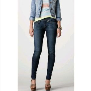 American Eagle Sz 4 Long Super Stretch Skinny Jean